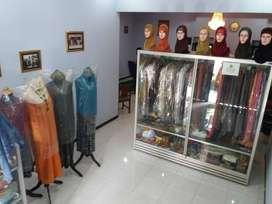 Rumah Ruko DIKONTRAKAN / DISEWAKAN Pinggir Jalan raya Wates-Magelang