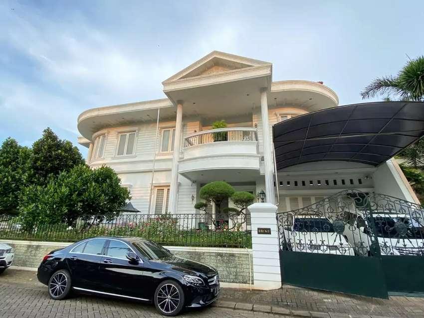 Dijual Rumah Hook mewah di Villa Gading Indah 0
