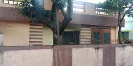 Old too bhk house for sal in Vijay park