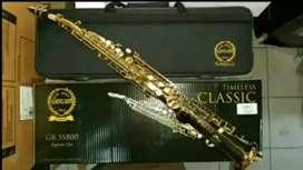 Alat musik tiup saxophone