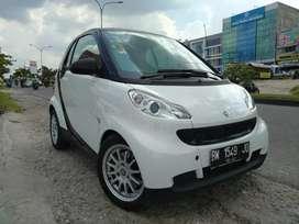Smart fortwo coupe 1.0L tahun 2011 istimewa