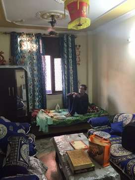 Good condition.. 1 bed room and 1 room and 1bathroom scooty parking