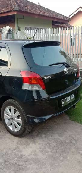 Toyota yaris s limited matic