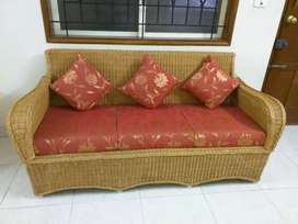3+2 seater sofas, center and side tables