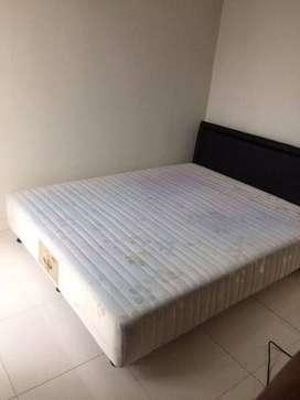 Ameera Tempat Tidur / Bed 120x200 pemakaian 2 bulan