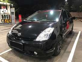 Toyota Prius Hybrid 2nd gen hatchback