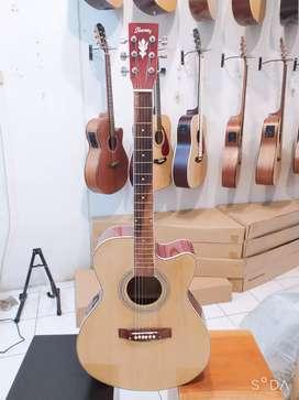 Gitar Akustik natural