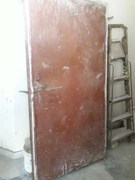Lohe ka door for sale