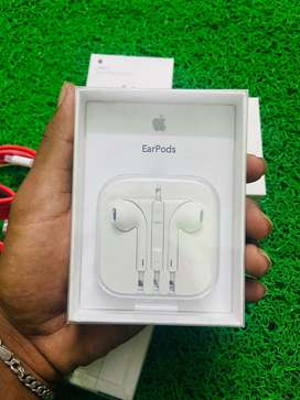 I phone 3.5mm jack headset sealed pack brand new available now
