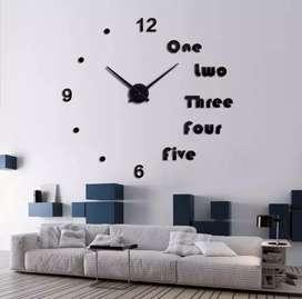 Giant clock titik V angka besar
