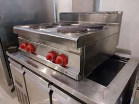 Electric 4 plate stove