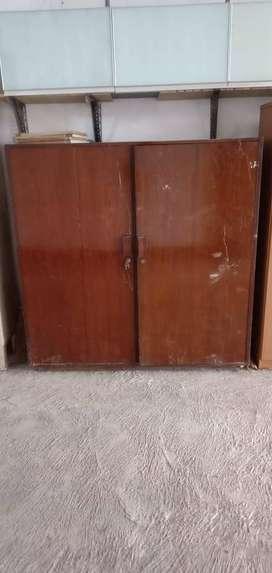 lemari kayu jati antik