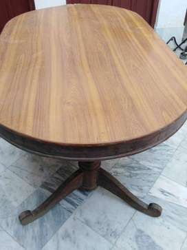 Dinning table for sale (Base is solid wood)