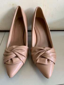 Vnc heels for women