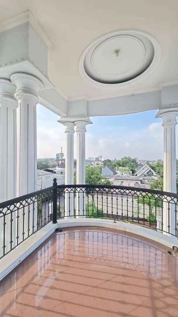 Rumah mewah luas view keren di Trunojoyo Banyumanik