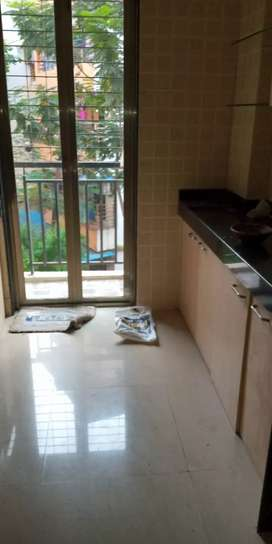 Urgent sell 1 bhk 570 sqft 30 lakh evershinecity vasai east