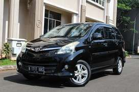 Toyota Avanza Veloz AT Matic 2012 Hitam Metalik DP 16 Juta!!!