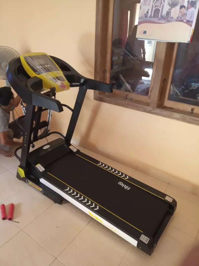 Treadmill elektrik 4 fungsi Speed 16 km new Fuji Massanger 0