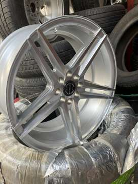 17 inch alloyy with tyre