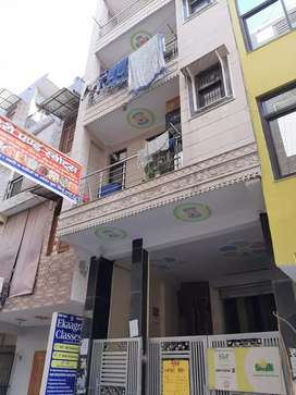 ONE ROOM SET ,ONE BHK ,TWO BHK , FLATS HI FLATS FOR RENT.