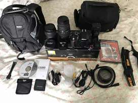 Canon d3200 dslr camera full box
