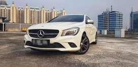 Mercedes Benz CLA 200 Urban 2015