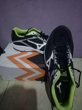 Sepatu Mizuno Running original
