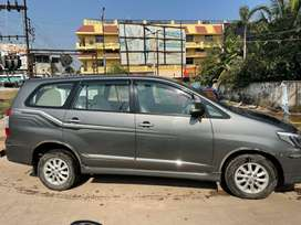 TOP MODEL INNOVA WITH WELL MAINTAINED