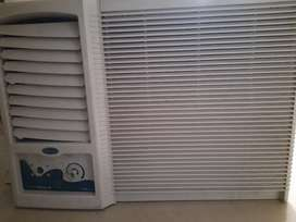 Carrier window AC