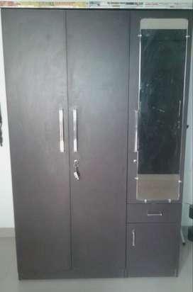 Large Wardrobe -With Number Locker (CHALISH HAZAAR)