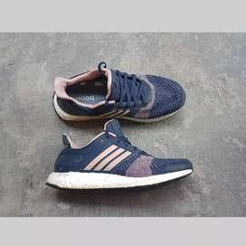 Adidas ultraboost ST