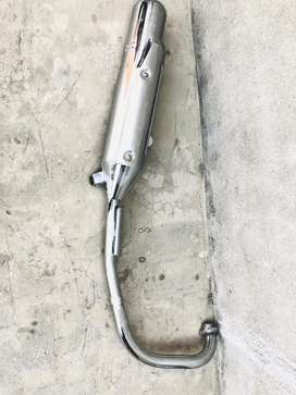 Ybr Spares for sale, Silencer / Handle bar / Front Tyre / Back Mirror