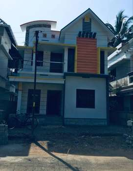 A NEW 3BHK 3.5CENTS 1350SQ FT HOUSE IN MANNUTHY,THRISSUR