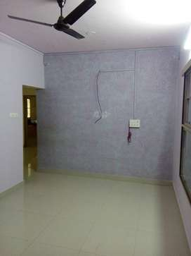 3bhk Top floor, North facing Apartment House available cantonment.