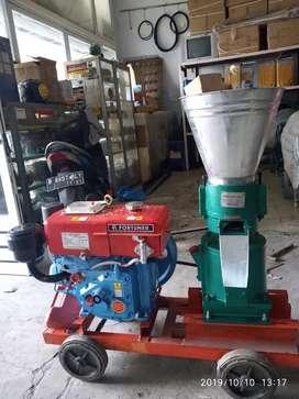 Baru mesin pellet kapasitas max250kg/jam disel fortuner R 175 garansi