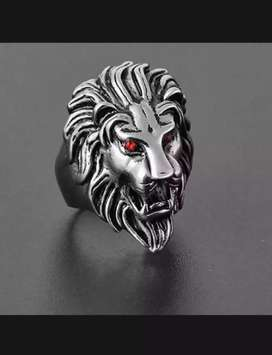 Red Eyes Lion Ring