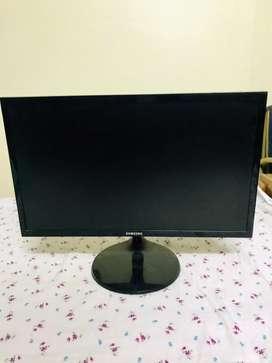 """Samsung 22"""" FHD 1080p Gaming Monitor."""