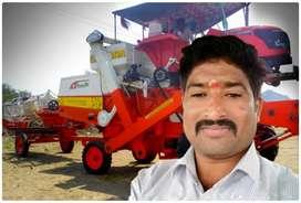 Tractorcomdind harvester