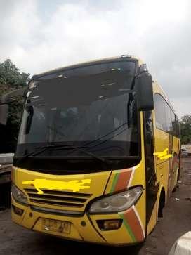 Medium bus Mitsubishi Canter 2014 136 Ps