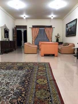 Dijual Villa cantik di Cisarua Bogor