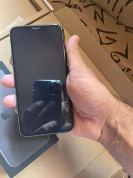 I phone 11 pro max with box accessories