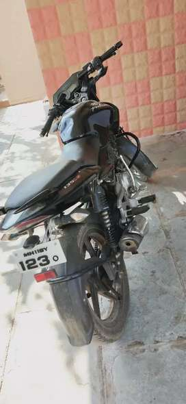 Bajaj pulsar 135 good condition ppr all clear VIP no.