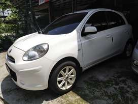 Nissan March 1.2L matic 2012