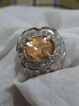 Rare peach sapphire safir clean lusterous no heated verygood cut, HQ