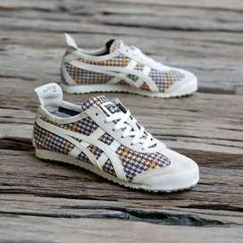 Sepatu onitsuka tiger motif list white original