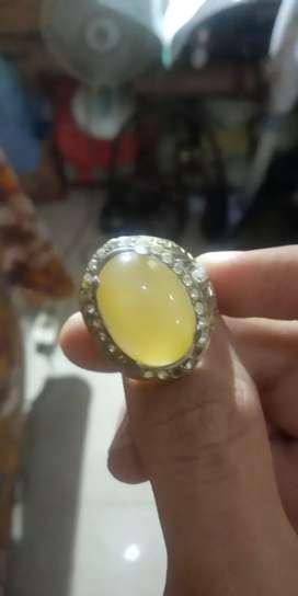 Dijual baru cincin. Bisa nego dikit!