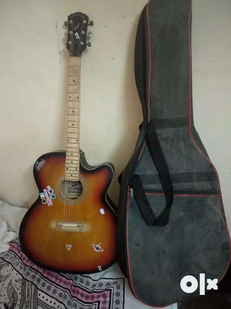 Signature guitar 0