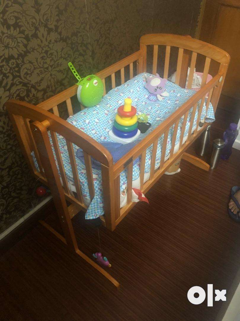 Cot baby 3 months old first  cry 0