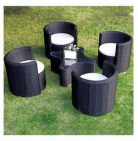 New rattan round chair and table set