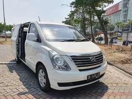 Hyundai H1 M/T diesel 2500cc 7 seater thn 2013 terawat siap pake